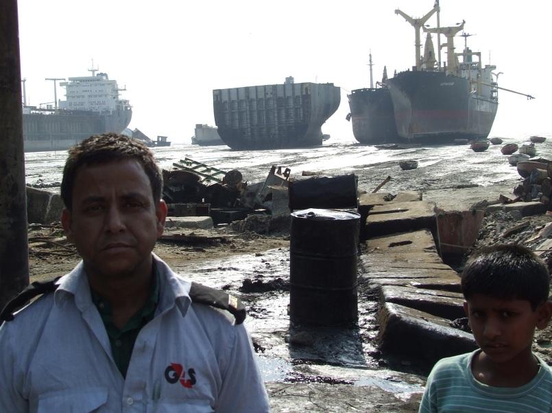 chittagong-shit-breaking-yards-003